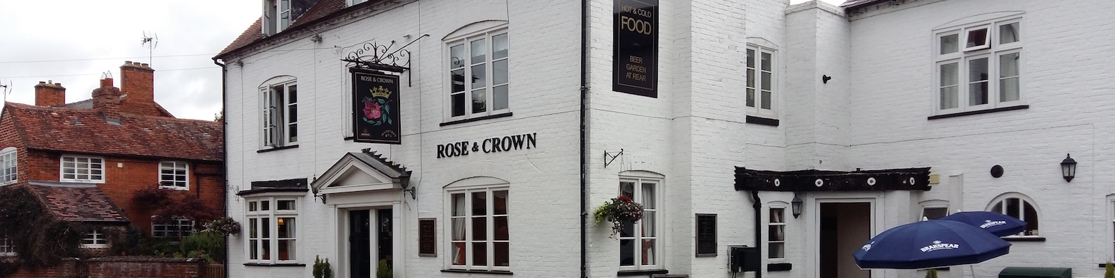 rose and crown feckenham front of pub